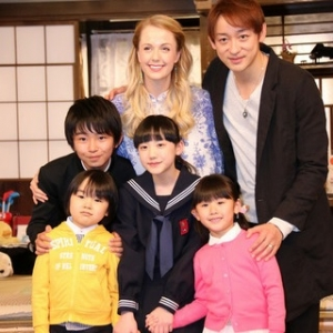 OUR HOUSE(フジテレビ系) 最終回は視聴率3・3%!芦田愛菜さんと女優のシャーロット・ケイト・フォックスさんダブル主演