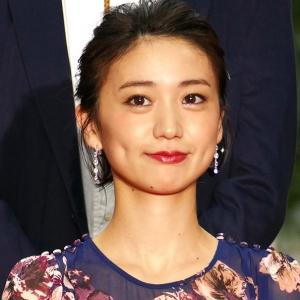 【画像】大島優子、スケスケドレス姿がキャバ嬢にしか見えない