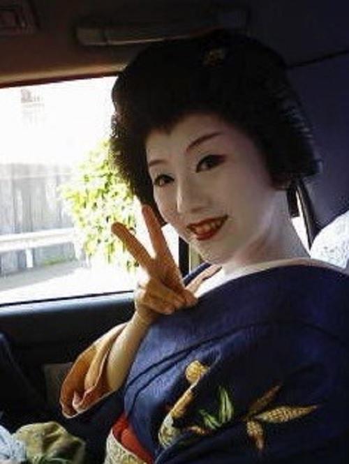 歌舞伎役者の中村橋之助が、芸妓の市さよ(画像あり)と不倫1
