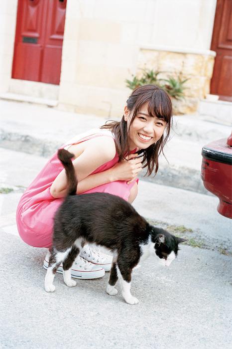 【画像】乃木坂46の西野七瀬、「ヤンジャン」グラビアでセクシーワンピやショーパン姿披露5