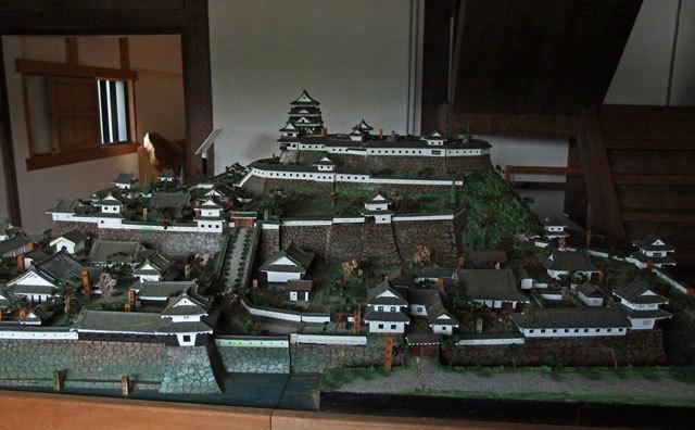 大洲城復元模型