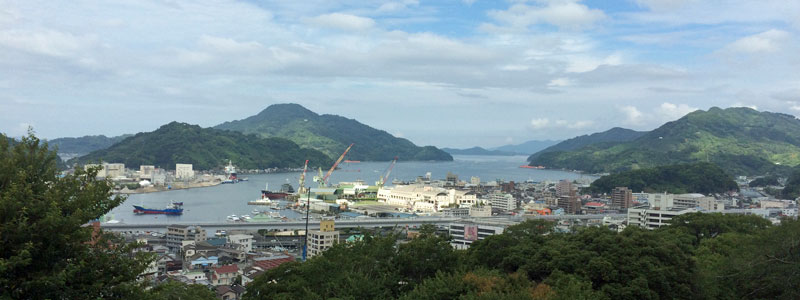 港方面の景観