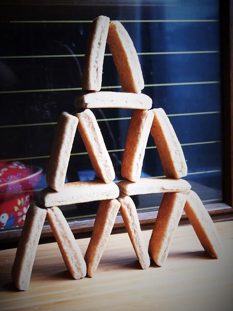 酵母のクッキータワー 2