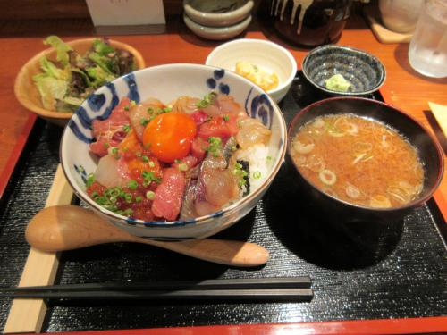 海鮮丼(大)