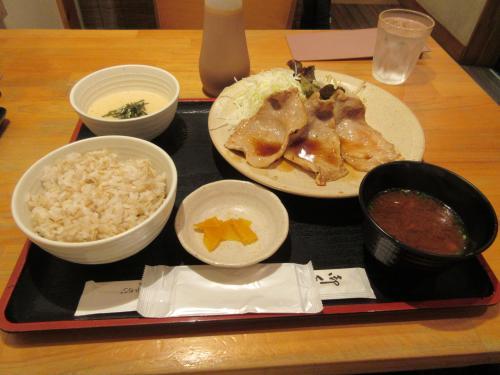 黒豚ロース生姜焼き定食