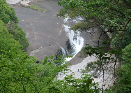 28_05_16 吹割の滝 4