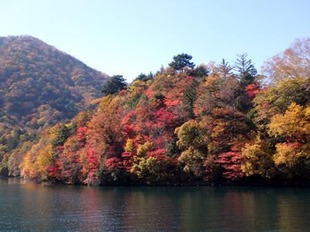 28_10_30 中禅寺湖 13