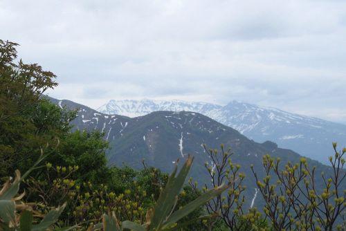 粟ヶ岳と守門岳