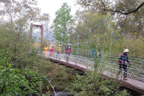 ヨッピ川と吊り橋