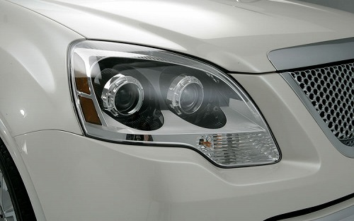 2011-gmc-acadia-denali-headlight.jpg