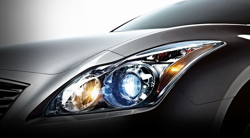 2012-Infiniti-G37-Coupe-Headlight_980x0.jpg