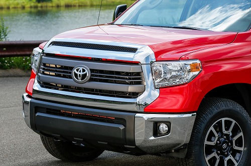 2014-Toyota-Tundra-SR5-TRD-4x4-Offroad-front-grille.jpg