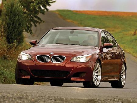 BMW-M5-USA-E60_2016052011145354a.jpg