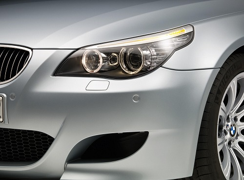 bmw-m5-head-light.jpg