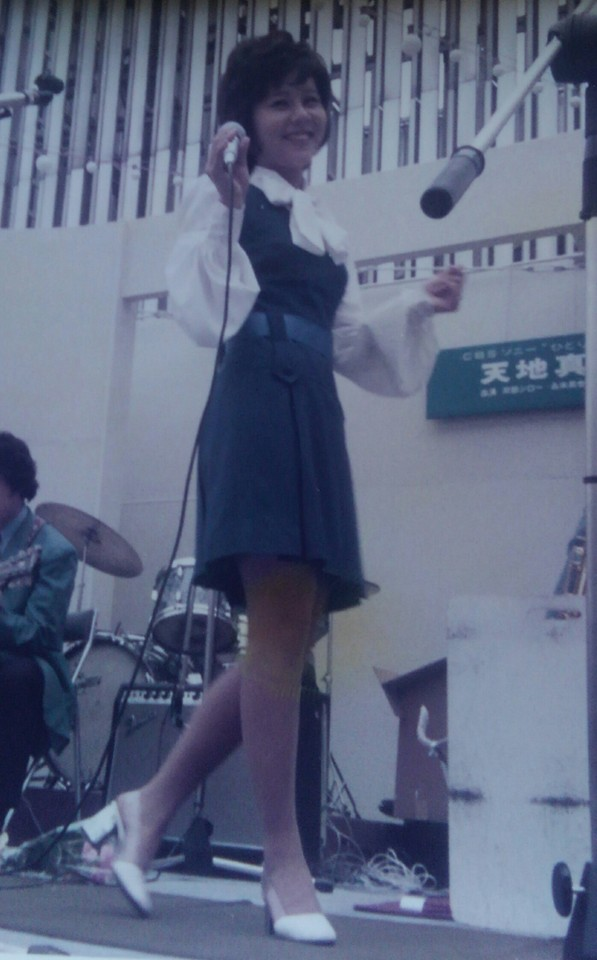 天地真理ステージスナップMrSakurai001