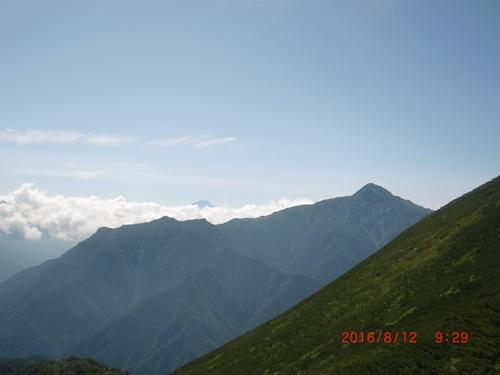 047 北岳