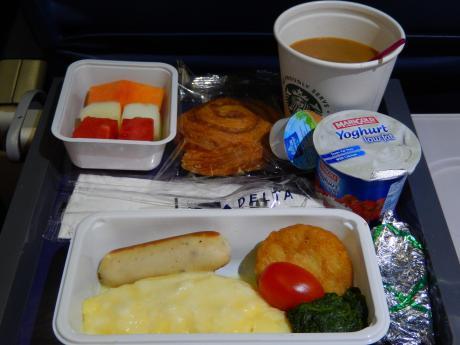 シンガポール2016.3デルタ航空成田行き・機内食