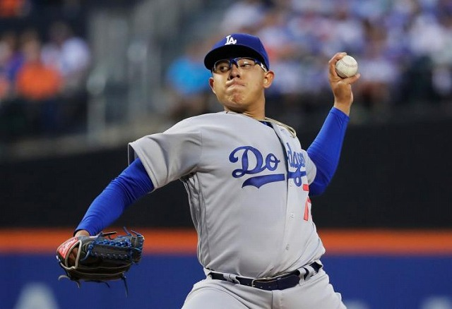 Julio Urias 20160528