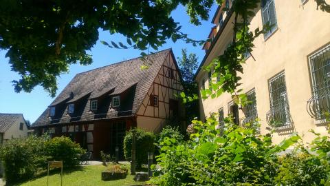 Kloster Denkendorfの広場から2