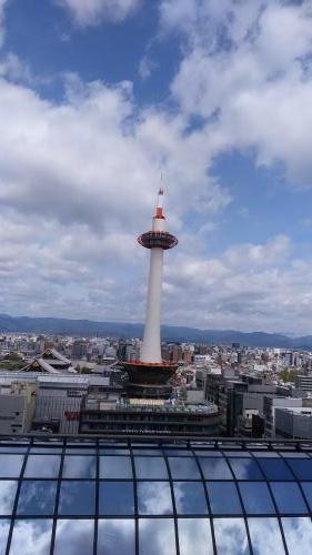 京都タワー 2016 4 15 (友人より)