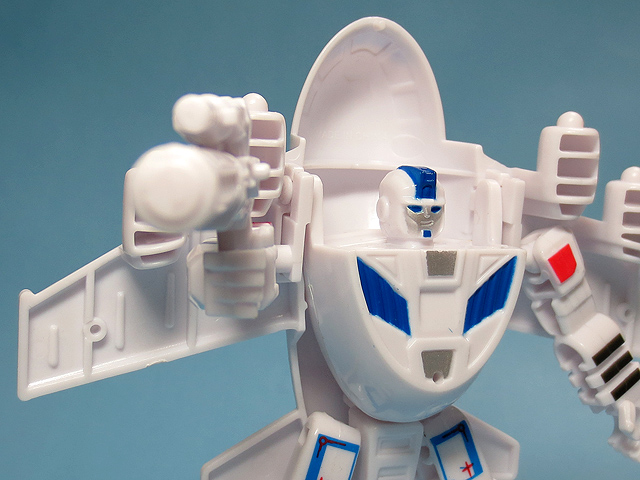 Change_Robot_TENKU_JIN_37.jpg
