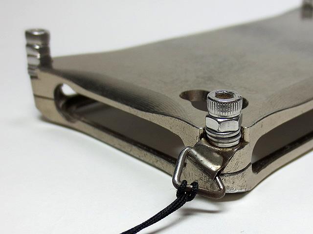 iPhone7_PGA_Aluminum_Bumper_Bk_22.jpg