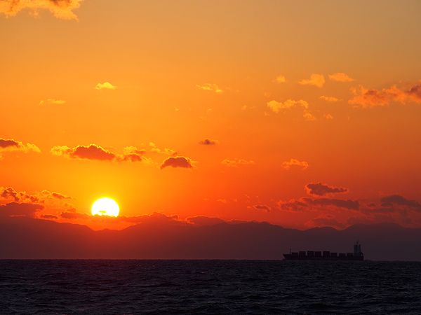 伊勢湾の夕日