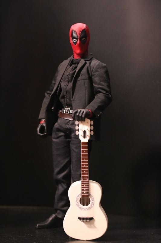 hottoysdeadpool10.jpg
