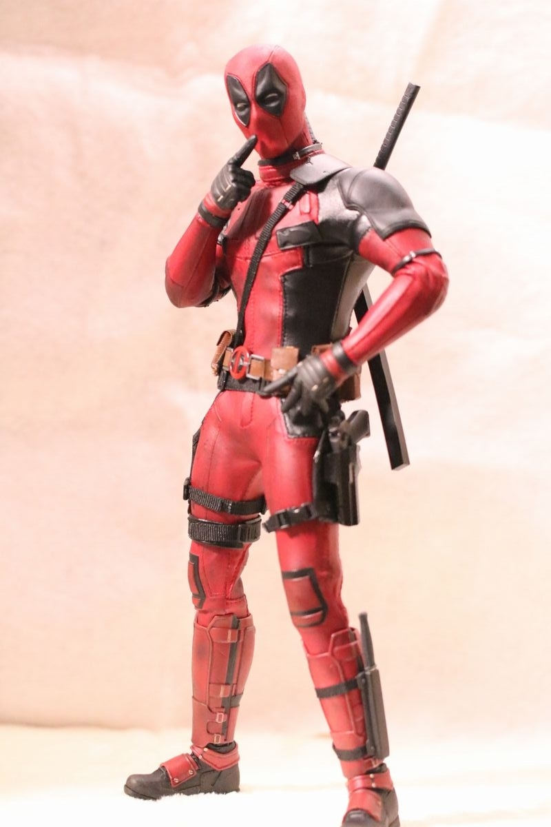 hottoysdeadpool2.jpg
