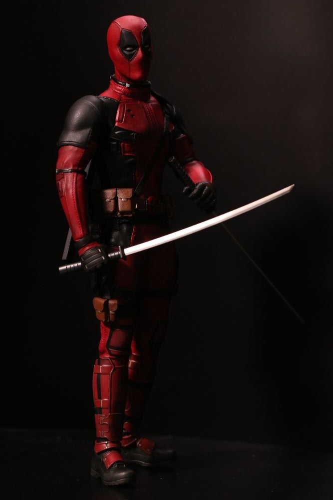 hottoysdeadpool21.jpg
