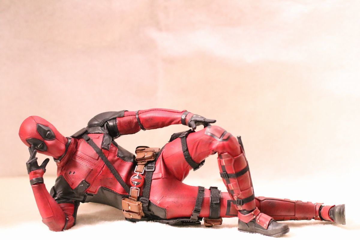 hottoysdeadpool3.jpg