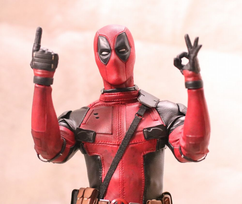 hottoysdeadpool4.jpg