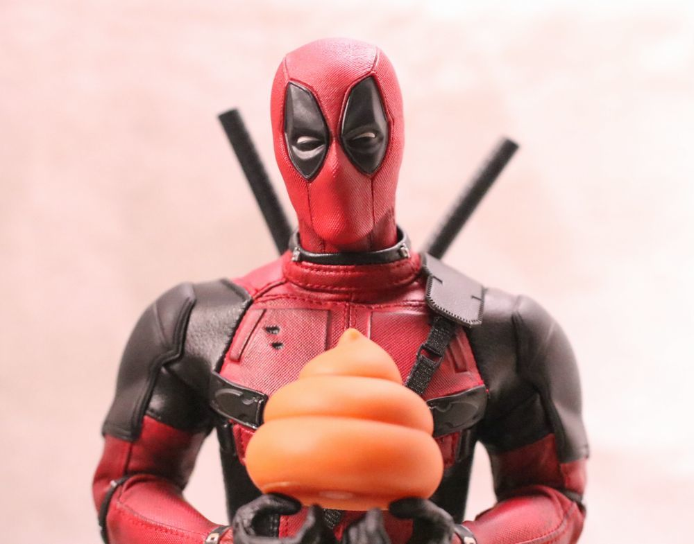 hottoysdeadpool6.jpg