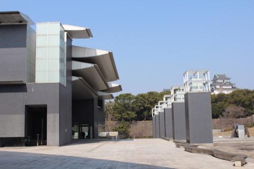 0080:和歌山県立近代美術館 アプローチを南からみる