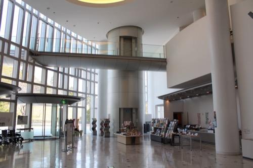0081:和歌山県立博物館 エントランスホール