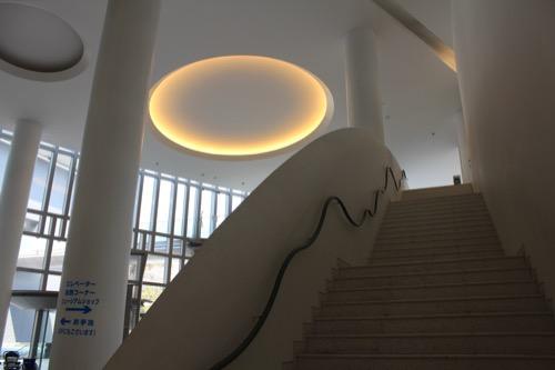 0081:和歌山県立博物館 階段手摺・照明デザイン