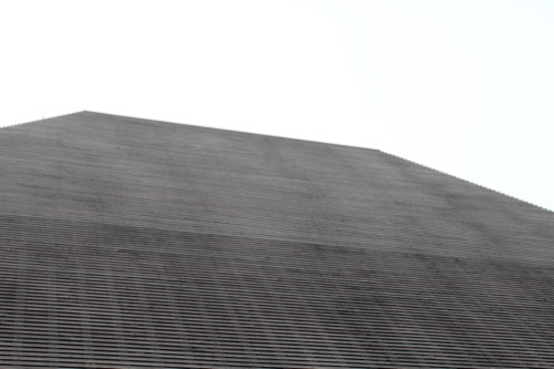 0083:直島ホール 集会所棟の屋根