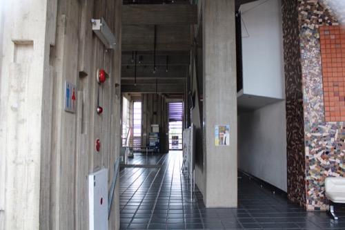0086:津山文化センター 大ホールのホワイエ