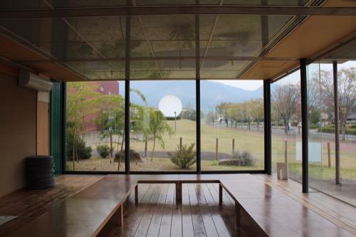0087:奈義町現代美術館 休憩スペース①
