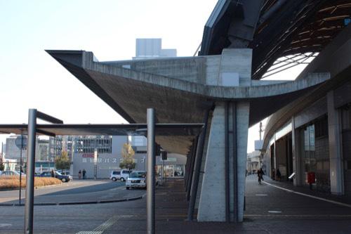 0088:JR高知駅舎 北側アーケード②
