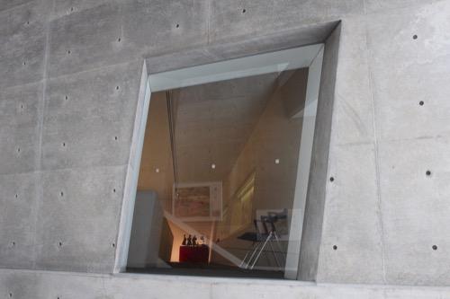 0092:坂の上の雲ミュージアム 展示室への開口