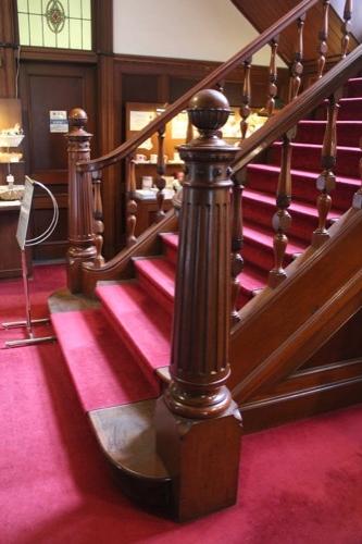 0093:萬翠荘 正面階段の装飾