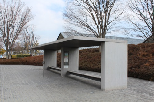 0098:佐川美術館 バス停