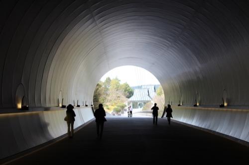 0099:MIHOMUSEUM トンネル②