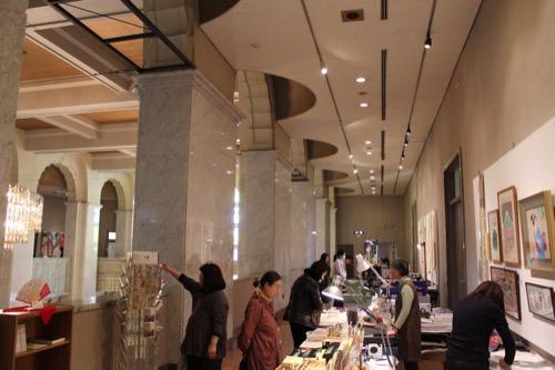 0104:大阪市立美術館 本館館内④