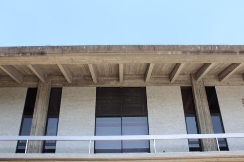 0112:奈良県立美術館 RCの屋根垂木
