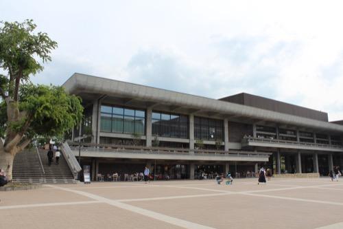 0116:ロームシアター京都 中庭②