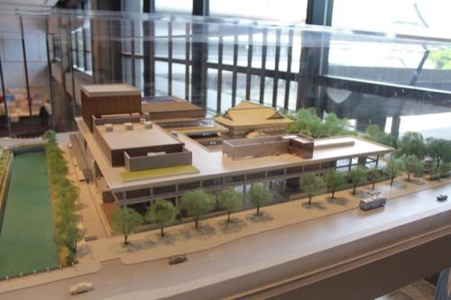 0116:ロームシアター京都 3階のある模型