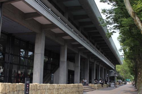 0116:ロームシアター京都 南側外観を西側から