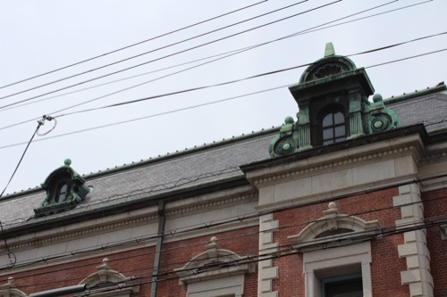 0121:中京郵便局 屋根の青銅装飾